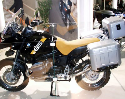 the bmw r gs motorcycles the bmw r1150gs adventure. Black Bedroom Furniture Sets. Home Design Ideas